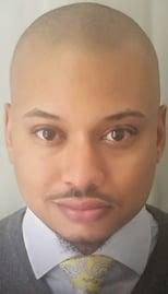 Lamar Headshot-1